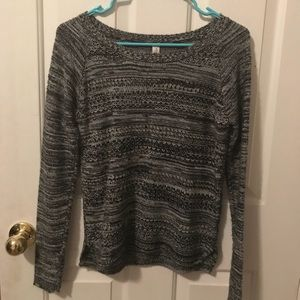 Grey/Black Aeropostale sweater - great condition